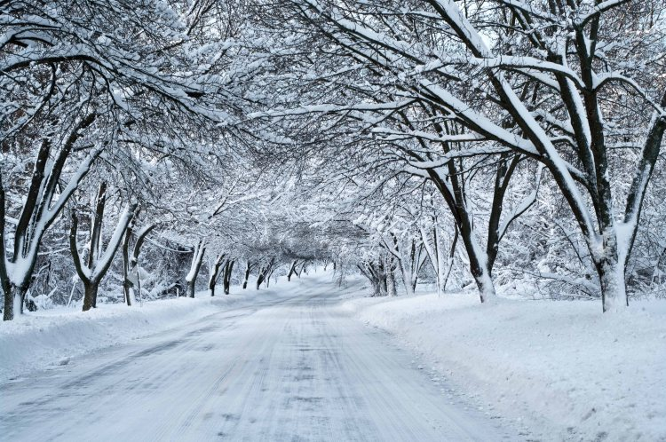 Snow_Tunnel-Wallpaper